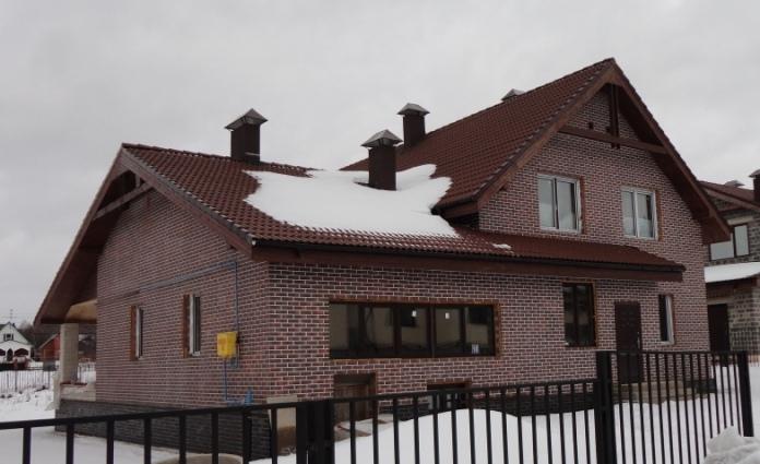 Дом с отделкой фасадов термопанелями
