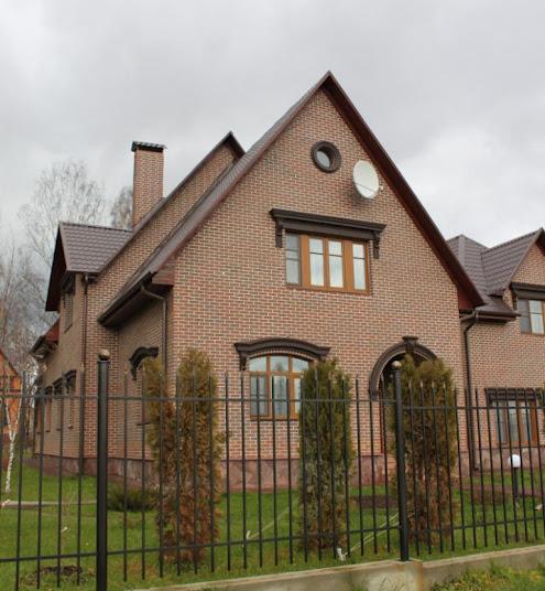 Вид дома облицовкой термопанелями
