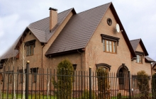 Дом облицован термопанелями с клинкерной плиткой