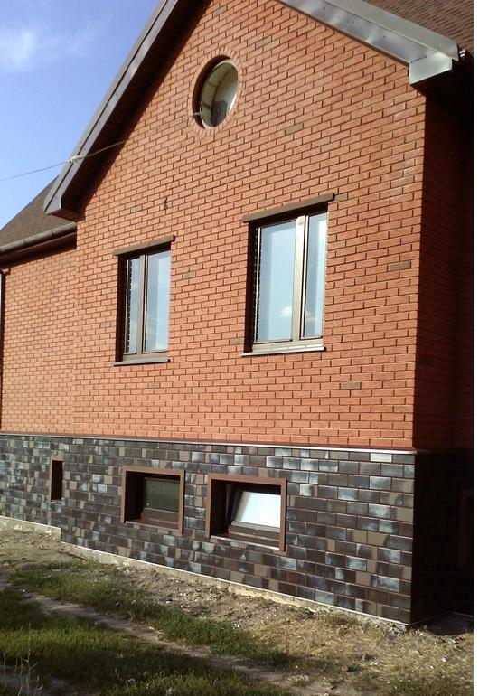 Фото дома с цокольными термопанелями. Прекрасный вид!