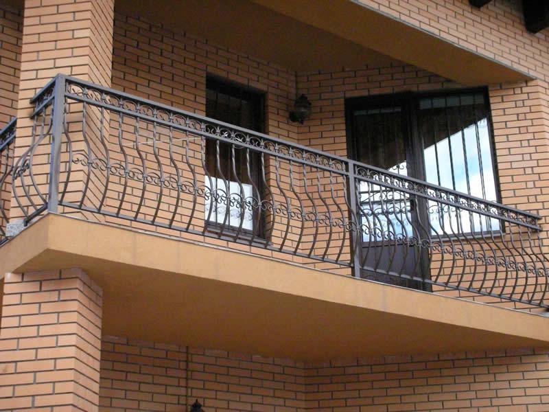 ograzdenie balkona