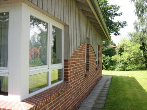 Дом, фасад сочетание двух цветов